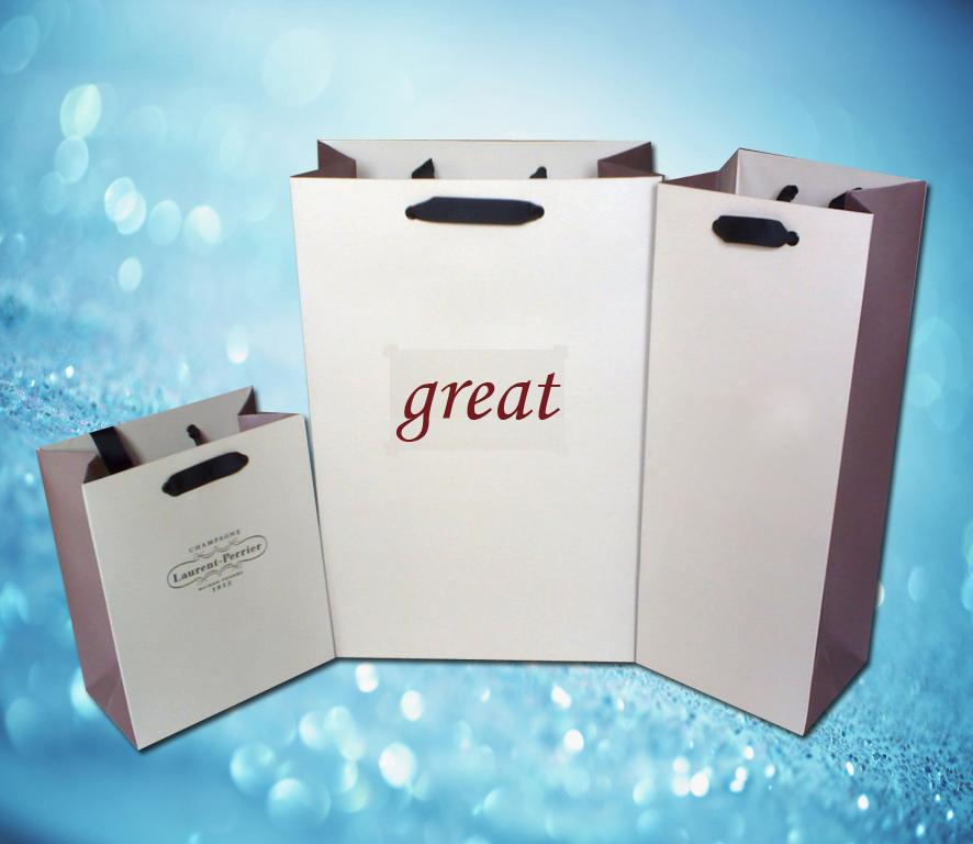 白卡纸手提袋,携带更方便